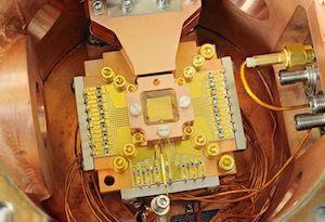 Quantum_Computing;_Ion_Trapping_(5941055642).jpg
