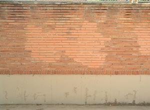 wall_th.jpg