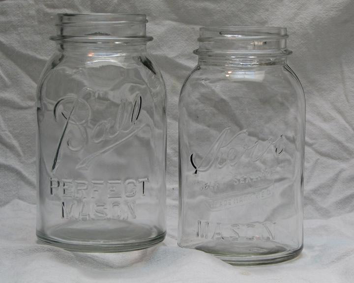 Antique_Mason_jars.jpg