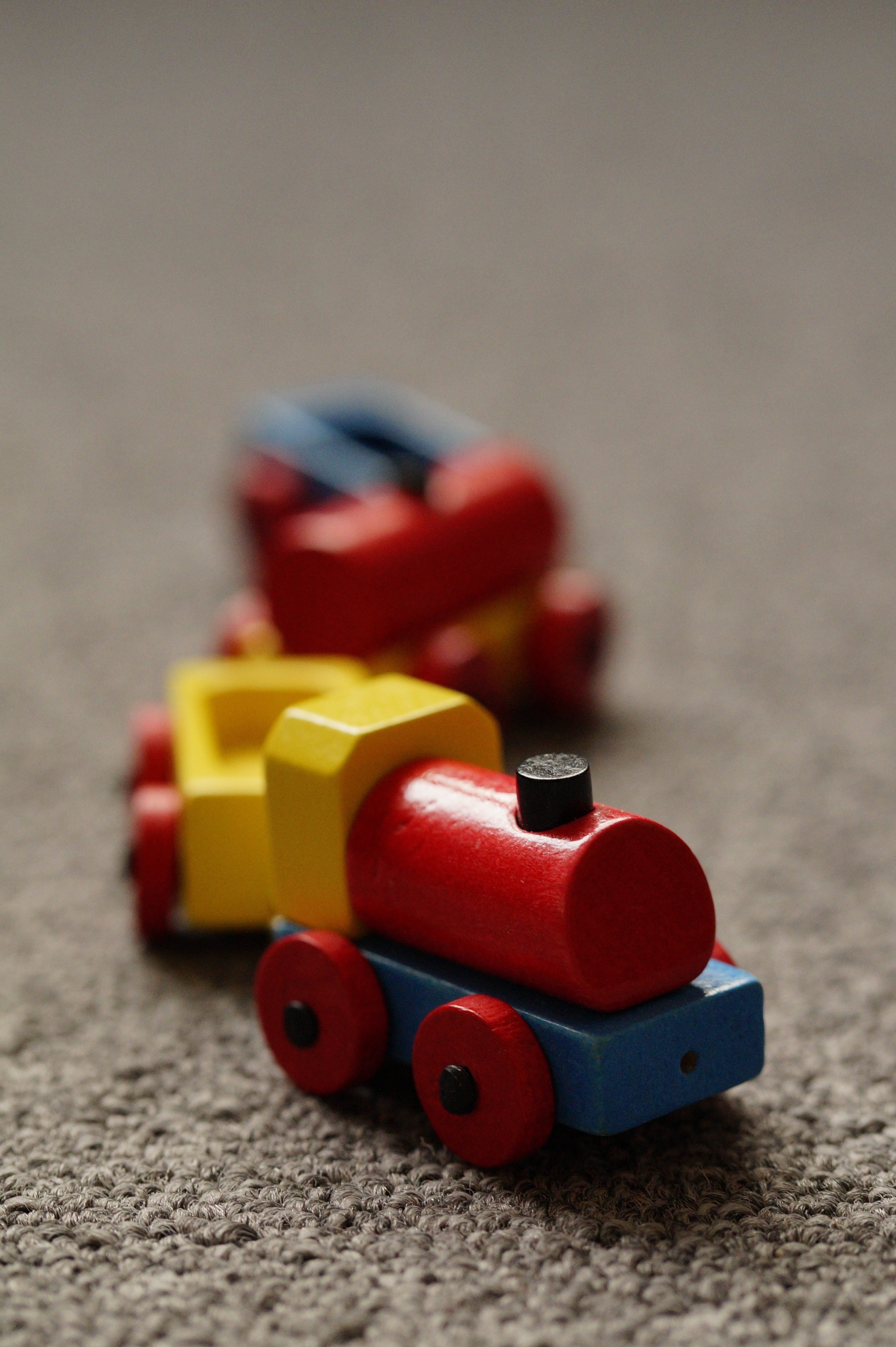 railway-play-train-red-child-colorful-toy-children-locomotive-toys-children%27s-room-wooden-railway-1110387.jpg